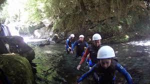famille bureau rando aqua guides ariege pyrenees famille bureau des guides ariège