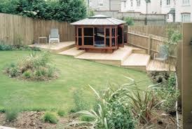 Decking Ideas For Sloping Garden Sloped Garden Decking Ideas And Photos Madlonsbigbear
