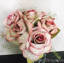 bouquet en papier paper flower tutorial storybook paper roses unique flowers