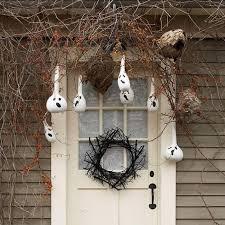 Halloween Decorations Skeletons Climbing House by Creative Halloween Decorating Ideas Easy Halloween Decoration