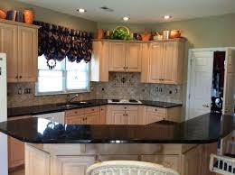 Light Oak Kitchen Cabinets Light Kitchen Cabinets With Dark Granite Countertops U2013 Quicua Com