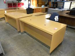 Knoll Office Desk Office Suite From Reff Collection By Knoll Maple Finish