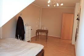 Schlafzimmer Komplett F 300 Euro 2 Zimmer Wohnungen Zu Vermieten Baden Württemberg Mapio Net