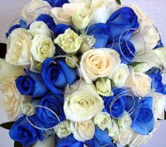 white and blue roses blue bouquet dahlia floral design