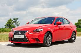 lexus rc 200t mpg 2016 lexus is200t rated at up to 33 mpg