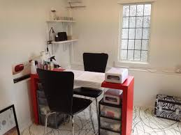 Comfy Chairs For Small Spaces by Comfy Black Chairs For Small Workspace Designs With Red Desk Plus