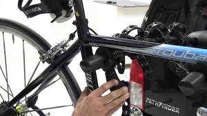 jeep cherokee mountain bike thule apex bike rack thule bike rack pinterest thule bike