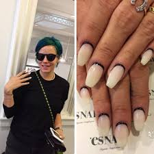 18 celebrity nail art photos with outline steal her style