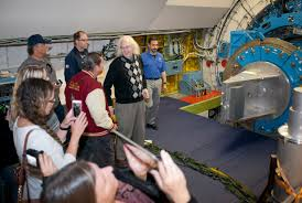 teachers learn about nasa u0027s telescopes hubble and sofia nasa