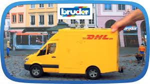 Bruder 02534 Dhl Mercedes Benz Sprinter With Manual Pallet Jack