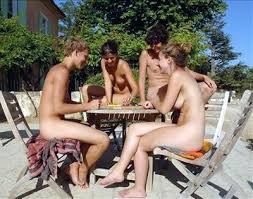 Backyard Nudists Fkk Family Nudists For All Ages