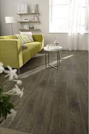 parquet chambre leroy merlin sol pvc lames adhésives aspect parquet chêne vieilli