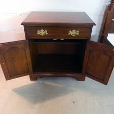 Henkel Harris Desk Henkel Harris Cherry Nightstand Sold U2013 Jenkins Antiques