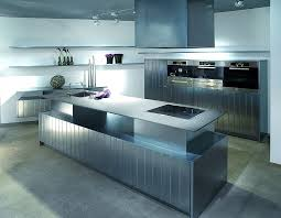 küche mit insel kücheninsel und gerätehochchränke cardiff deckend lackiert mit