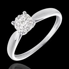 verlobungsring welche zarter ring in weißgold diamantsphäre 7 diamanten edenly
