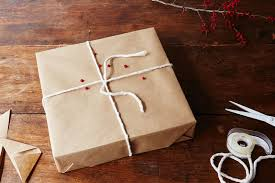 how to gift wrap a box with invisible seams