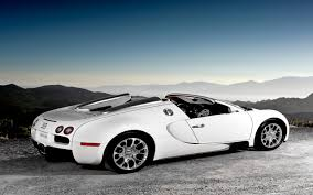bugatti car wallpaper bugatti veyron super sport 2013 in white cars wallpapers hd
