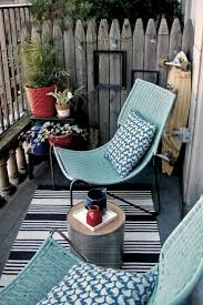 Small Patio Furniture by Best 25 Apartment Balcony Decorating Ideas On Pinterest