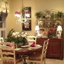 Decorating Small Dining Room Intimate And Inviting Small Dining Room Dining Room Designs