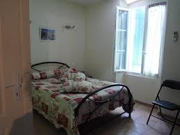 chambres d hotes pernes les fontaines b b chambres d hôtes le d augustin pernes les