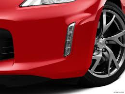 nissan sports car 2015 8977 st1280 133 jpg