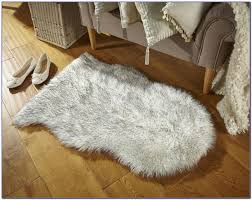 white faux fur rug uk rugs home decorating ideas apox4pmoxp
