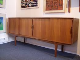 The Fabulous Find Mid Century Modern Furniture Showroom In - Mid century furniture
