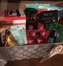 nurse graduation gift diy gift basket www uniquelywomen net diy
