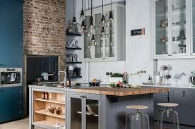 cuisine avec brique cuisine style industriel une beauté authentique tabouret bois