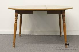 Ethan Allen Kitchen Tables by High End Used Furniture Ethan Allen Heirloom Nutmeg Maple 42