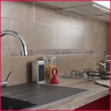 carrelage murale cuisine carrelage salle de bain beige faience murale pour cuisine avec