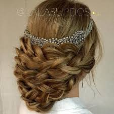 reign cw show hair weave beads 175 best reign images on pinterest queens queen mary and the queen