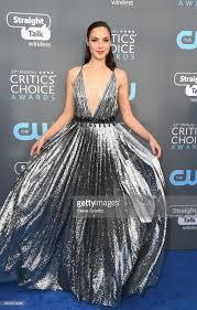 dress gal the must see dresses at the 2018 critics choice awards gal gadot