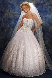 winter wedding dresses 2010 bridal collection fall winter 2009 2010 by odeta fashion house