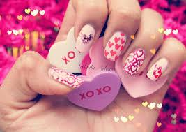 belindaselene hearts love nail candy nail art