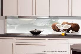 küche rückwand motiv küchenrückwand kokosnuesse