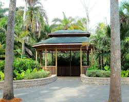 Fit Botanical Gardens Gazebo At Fit Botanical Garden Photograph By Gilley