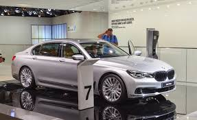 2016 bmw 7 series pictures photo gallery car and driver