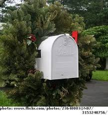 Christmas Mailbox Decoration Greenery by The 25 Best Christmas Mailbox Decorations Ideas On Pinterest