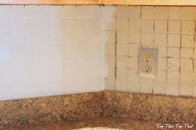 can you paint tile backsplash