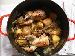 cuisiner des cailles en cocotte cailles sur leur petit chou pauline en fait tout un plat