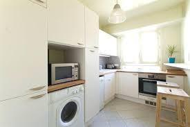 cuisine avec plan de travail en bois cuisine blanche plan de travail bois image cuisine blanche avec plan