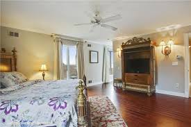 Million Dollar Bedrooms A Million Dollar View Vacation Rental Details Coldwell Banker