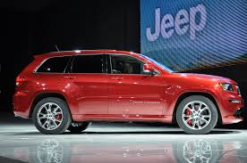 stanced jeep srt8 2012 jeep grand cherokee srt8 2011 new york auto show live photos