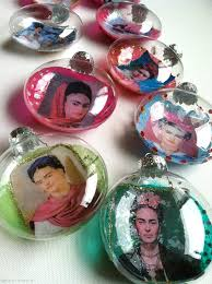 photo ornaments diy frida kahlo christmas ornaments pearmama