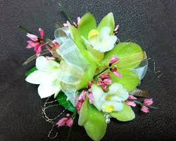 prom corsage prices prom special corsage and boutonniere studios and prom corsage