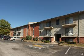 2 Bedroom Apartments For Rent Louisville Ky by Summit Apartments Rentals Louisville Ky Apartments Com