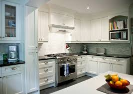 Best Countertops With White Cabinets Kitchen Charming White Shaker Kitchen Cabinets With Granite