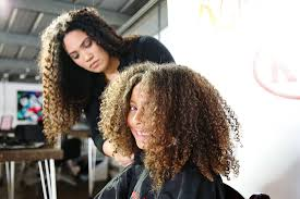 cutting biracial curly hair styles a 7 year old s first mixed curly haircut de su mama
