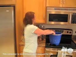 cleaning kitchen cabinets murphy s oil soap cleaning wood with murphy oil soap youtube
